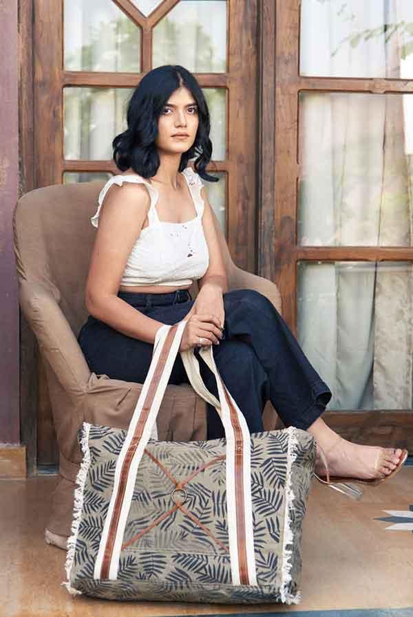 bhrayna bags handmade weekender bags